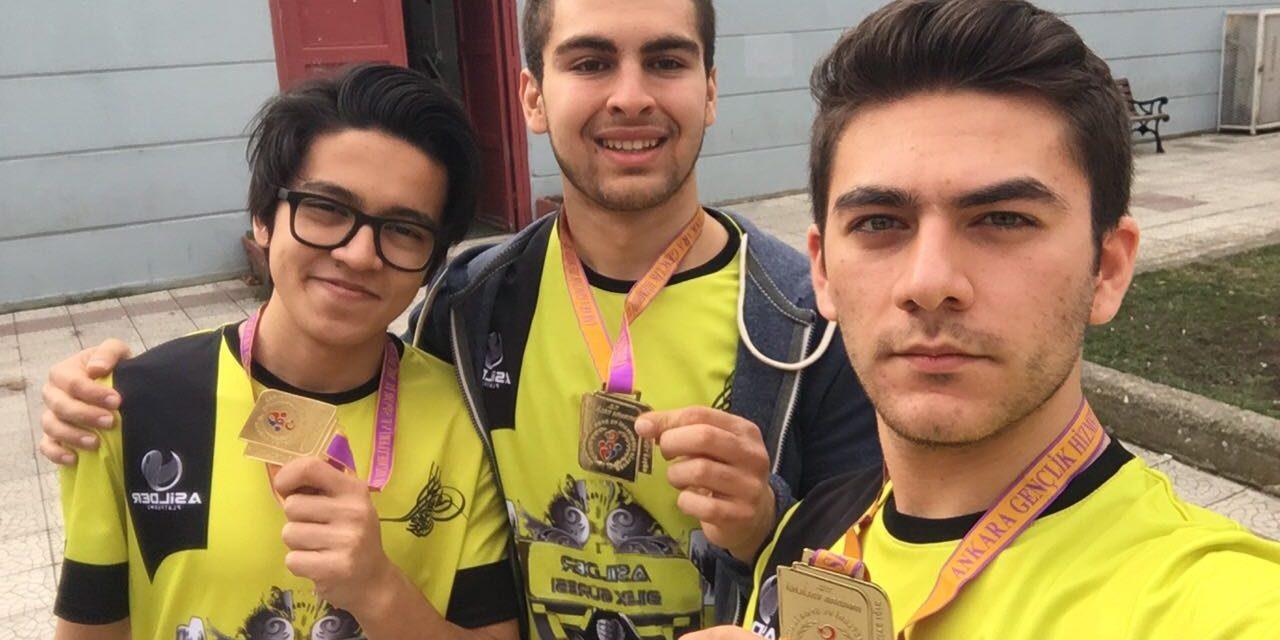 Sporcularımız Bilek Güreşi Ankara İl Şampiyonasına Katıldı.