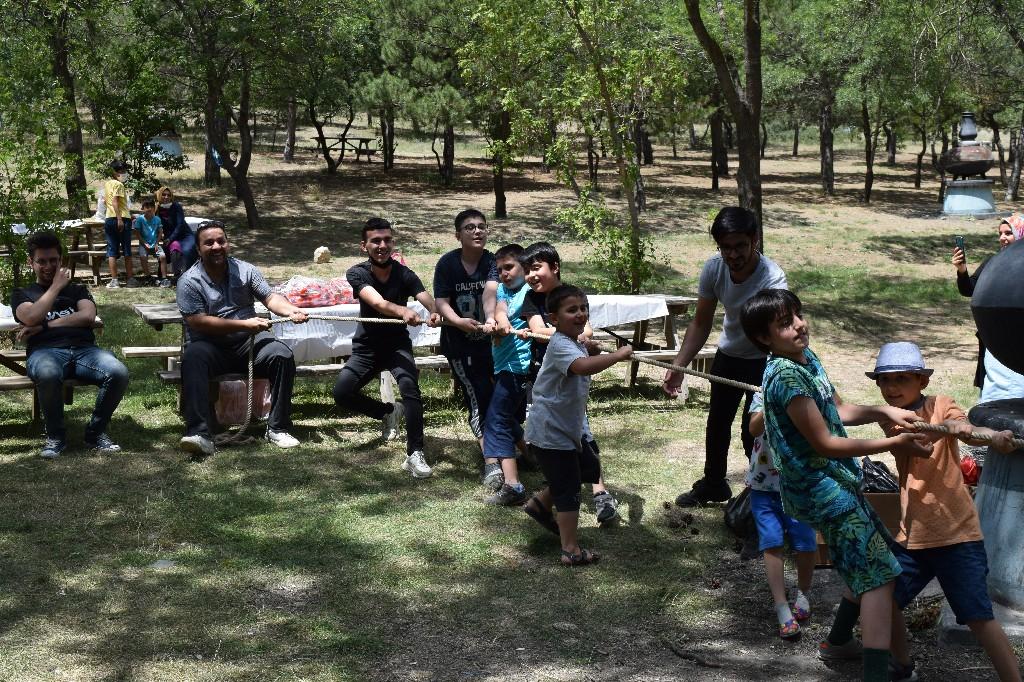 Online Yaz Okulu Öğrencileri  ile Piknikte Buluştuk